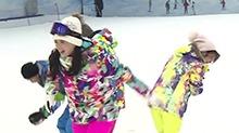 《我们来了2》独家彩蛋:蒋欣陈妍看到下雪超激动 笑得像个两百多斤的孩子!