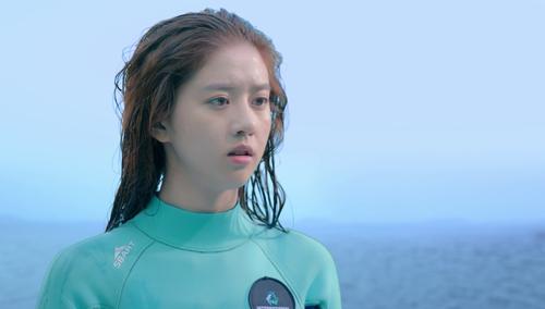 安菲遇险 叶海出手相救